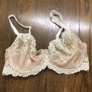 Wacoal beige lace bra 34D